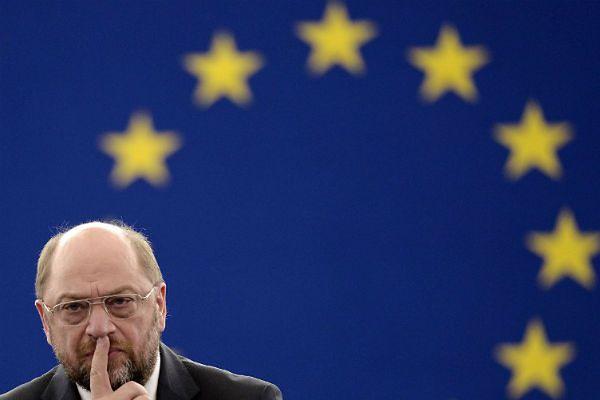 Martin Schulz krytykuje polski rząd. W co gra szef Parlamentu Europejskiego?
