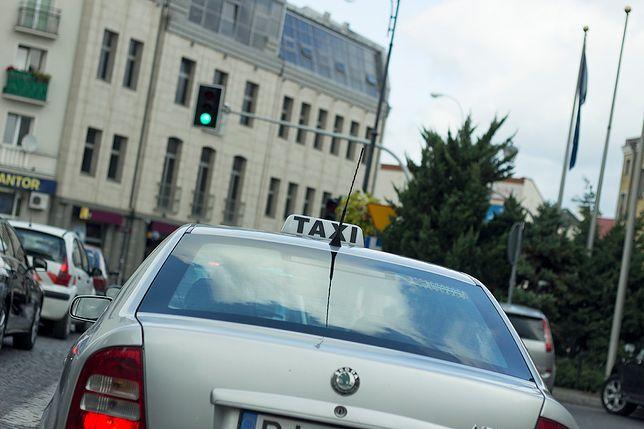 Darmowe taksówki dla powstańców