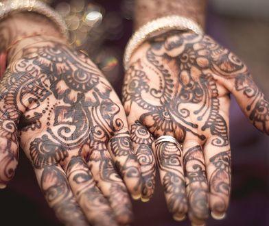 Jak zrobić tatuaż z henny?