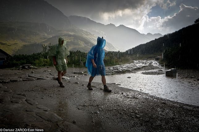 Burza w Tatrach w Dolinie Pięciu Stawów