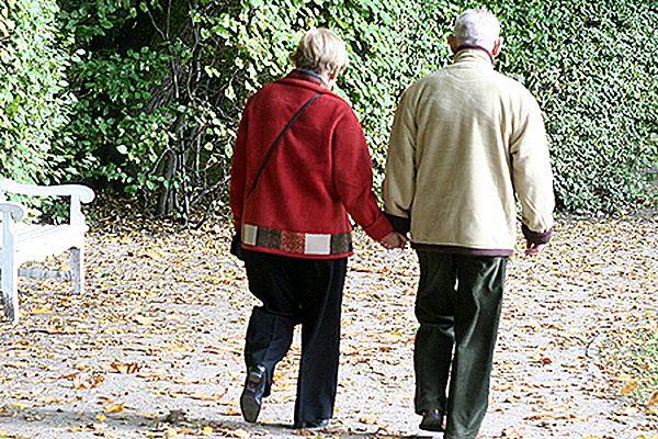 Sondaż: dla 86 proc. młodych Amerykanów małżeństwo jest na całe życie