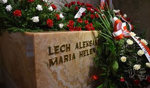 Sarkofag Lecha i Marii Kaczyńskich w krypcie na Wawelu