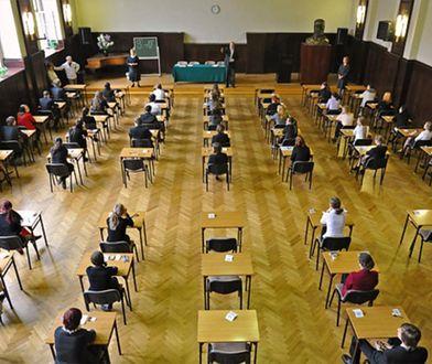Egzamin gimnazjalny 2019 - cześć matematyczno-przyrodnicza. Udostępniamy arkusze CKE. Zobacz, na jakie pytania odpowiadali uczniowie