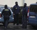 CBA zatrzymało podejrzanych o wyłudzenia 49 mln zł z unijnych dotacji