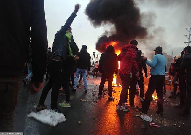 W wyniku protestów życie stracić mogło ponad 100 osób