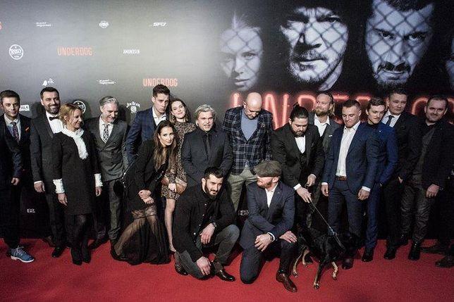 Na czerwonym dywanie pojawili się twórcy i aktorzy