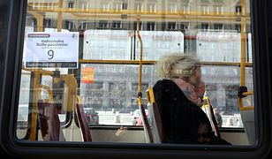 Warszawa. Podróżujesz autobusem bez maseczki? Miasto uruchamia specjalną kampanię informacyjną