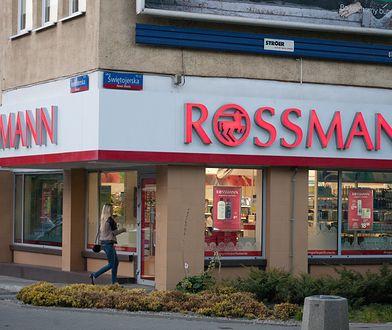 Koronawirus. W Niemczech testy sprzedaje Rossmann i Aldi. Co z Polską?