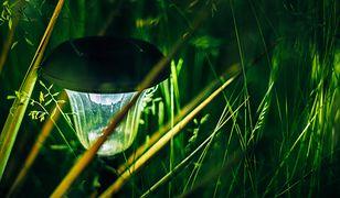 Ogrodowe oświetlenie potrafi stworzyć niezwykły klimat
