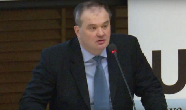 Doktor Robert Jastrzębski jest nowym kandydatem PiS do TK