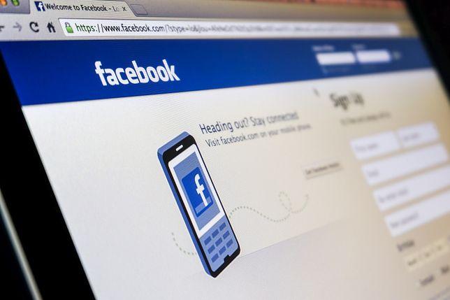 Dlaczego nigdy nie powinieneś umieszczać na Facebook'u zdjęć kart pokładowych?