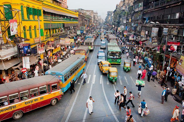 Blondynka nad Gangesem - niezwykła podróż do Indii