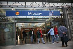 Ewakuacja stacji metra Młociny. W pociągu znaleziono bagaż