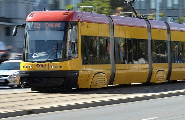 Kobieta wpadła pod tramwaj