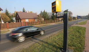 Przy polskich drogach działa dziś ponad 400 stacjonarnych urządzeń mierzących prędkość