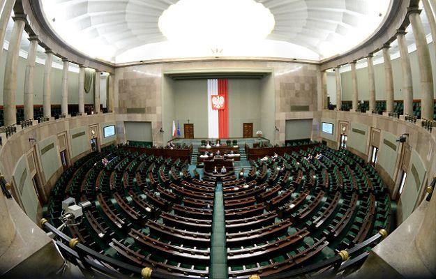 Spotkanie liderów partii w Sejmie. Politolog: to miało służyć ostudzeniu emocji wokół TK, może poskutkować złagodzeniem retoryki