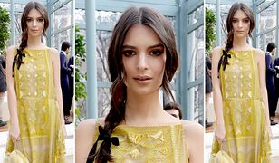 LOOK OF THE DAY: Emily Ratajkowski w sukni Valentino