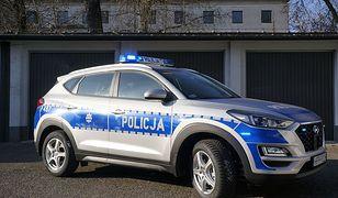 Piekary Śląskie. Policjanci dostali nowy radiowóz, nie są mu straszne wertepy