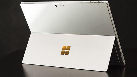 Microsoft rozkochał artystów, więc Apple zaczyna tracić rynek drogich PC