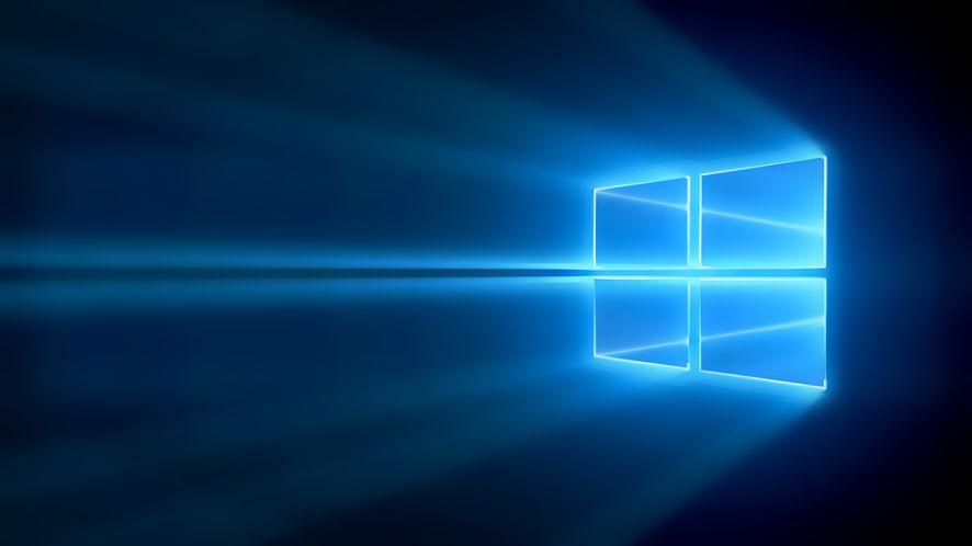 Reklamy Edge'a na tacce systemowej, czyli kolejne nowości w Windowsie 10 (aktualizacja)