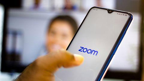 Zoom: Profesor rezygnuje z pracy po udostępnieniu zakładki do strony z pornografią