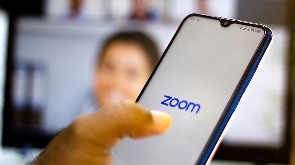 Platforma Zoom - niewielki błąd i poważne konsekwencje [Getty Images/ SOPA Images]