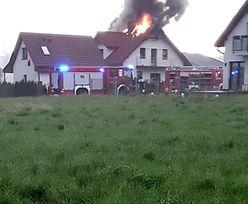 Dolny Śląsk walczy z żywiołem. Dom zapalił się od pioruna