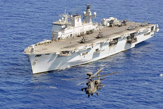 Najpotężniejszy brytyjski okręt wojenny idzie na żyletki