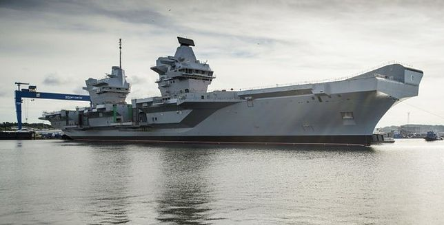 """Queen Elizabeth"" - Royal Baby w Royal Navy"
