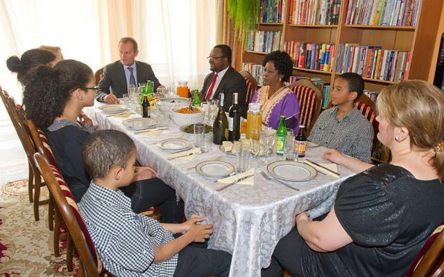 Donald Tusk na obiedzie u Johna Godsona - zdjęcia