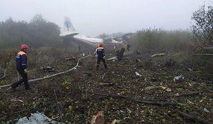 Lwów. Awaryjne lądowanie samolotu An-12 na Ukrainie