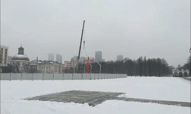 Trwa budowa pomnika na pl. Piłsudskiego