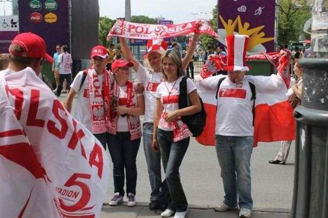 Polscy piłkarze podziękują dziś kibicom