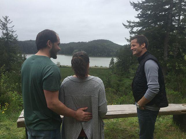 """Mieli marzenie o domu nad jeziorem. """"Zamieszkajmy nad wodą"""" w Telewizji WP"""