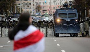 Bicie i poniżanie. Dziennikarz opowiada o areszcie na Białorusi