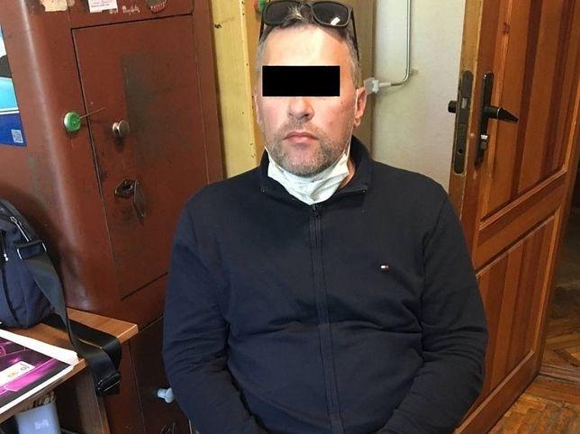 Śląskie. Pochodzący z Częstochowy 44-letni mężczyzna czeka w areszcie w Kijowie na ekstradycję do Polski.