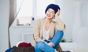 Długi sweter to alternatywa dla marynarki lub sukienki