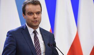"""Rzecznik rządu ostro o prezesie TK. """"Łamie prawo"""""""