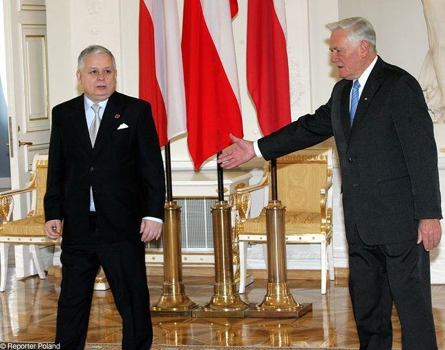 Spotkanie prezydentów Lecha Kaczyńskiego i Valdasa Adamkusa w Wilnie w 2006 r.