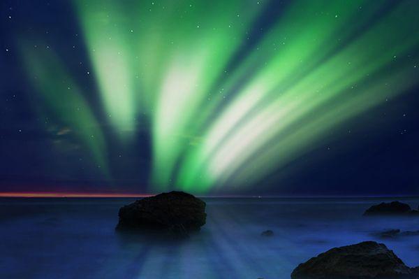Silne wybuchy na Słońcu! Zorza polarna nad Polską w nocy z 12 na 13 września