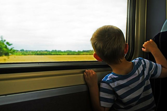 Zakaz oklejania folią reklamową okien pociągów. Nowe przepisy wkrótce wejdą w życie