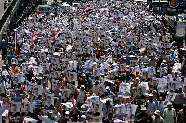 Protest zwolenników obalonego prezydenta Mursiego; zdjęcie archiwalne
