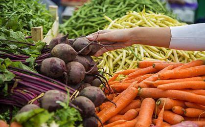 Jedna trzecia Polaków wyrzuca artykuły spożywcze
