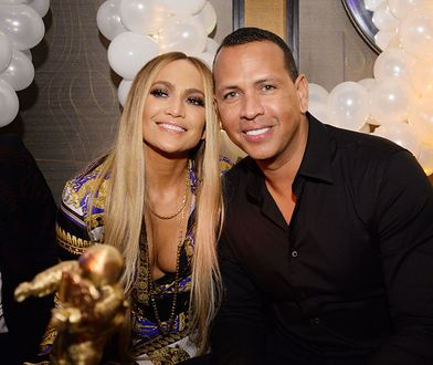 Jennifer Lopez i Alex Rodriguez obchodzą 1. rocznicę zaręczyn