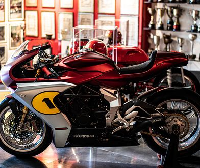 MV Agusta Superveloce Ago to hołd dla mistrza. Limitowany model pasuje idealnie