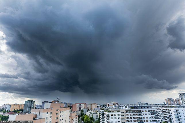 Pogoda. Warszawa. Front burzowy dotarł do stolicy