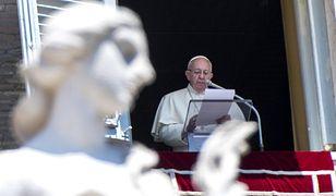 Watykan: papież zaczął letni wypoczynek od silnego przeziębienia