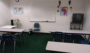 Pierwszy dzień szkoły zdalnie. Ostrów czeka na wynik testu nauczycielki