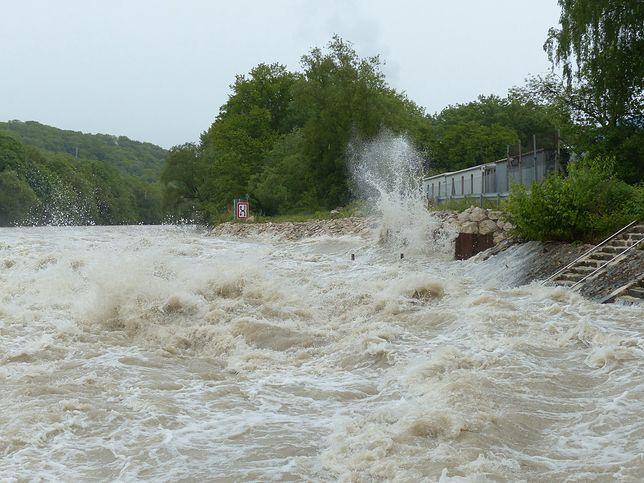 Stan rzek na Śląsku się pogarsza. Wody jest coraz więcej / zdjęcie poglądowe