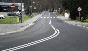 Rudy Raciborskie. Koniec z dziurami. Droga gminna – ulice Cysterska i Sobieskiego - przeszły gruntowną modernizację